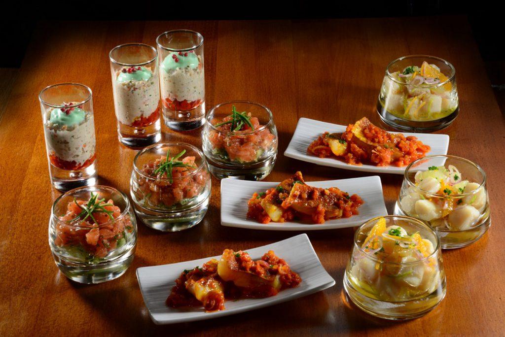 traiteur geneve verrines tartare de saumon guacamole pequillos rouget escabeche petoncles agrumes